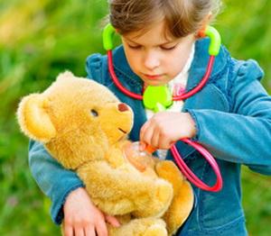 Как научить ребенка помогать?