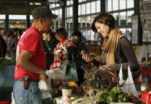 Ползарплаты на еду: как сэкономить?